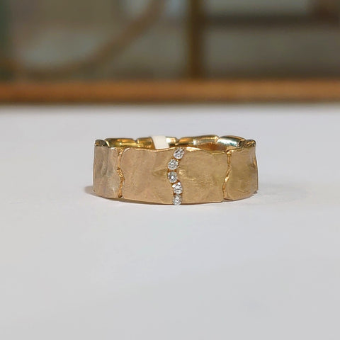 9cyt Yellow Gold, 5 Diamond Channel Set Ring - DK3-9YG