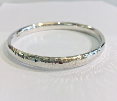 Silver Heavy Oval Wire Hammered Bangle - WB5H