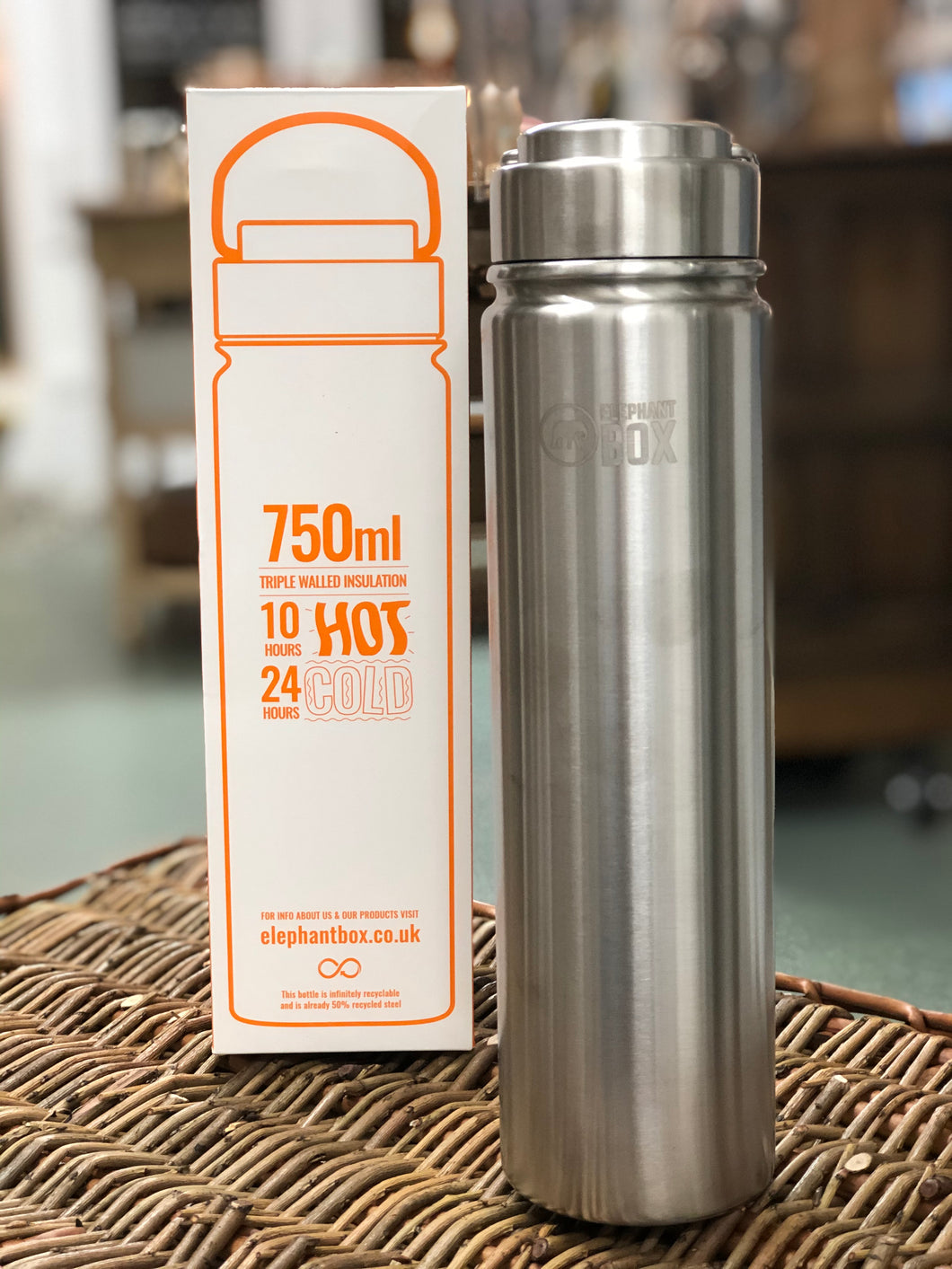 Elephant Box  - Stainless Steel Insulated Flask 750ml - stays hot up to 10 hours