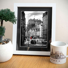 Load image into Gallery viewer, Edinburgh Castle Photo Print