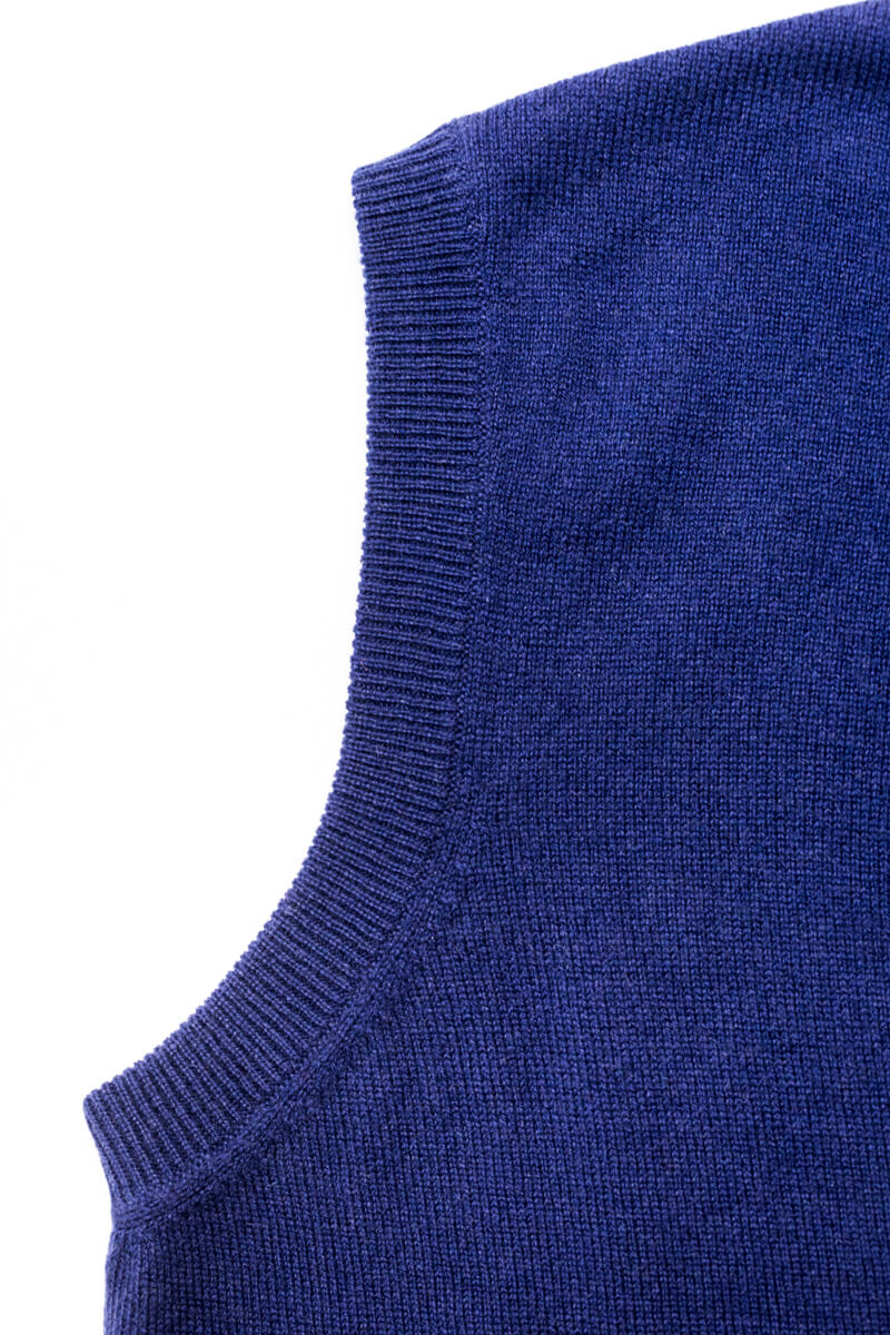 Royal Blue Cashmere Sleeveless Cardigan - The Fleece Milano - details