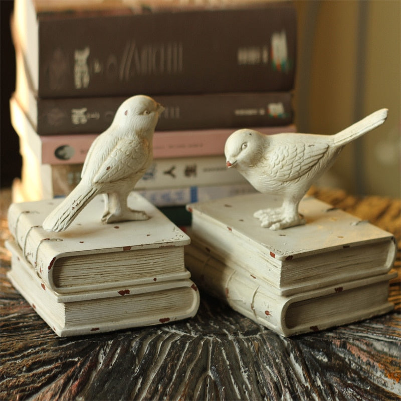 Shelly Swallow Bookends