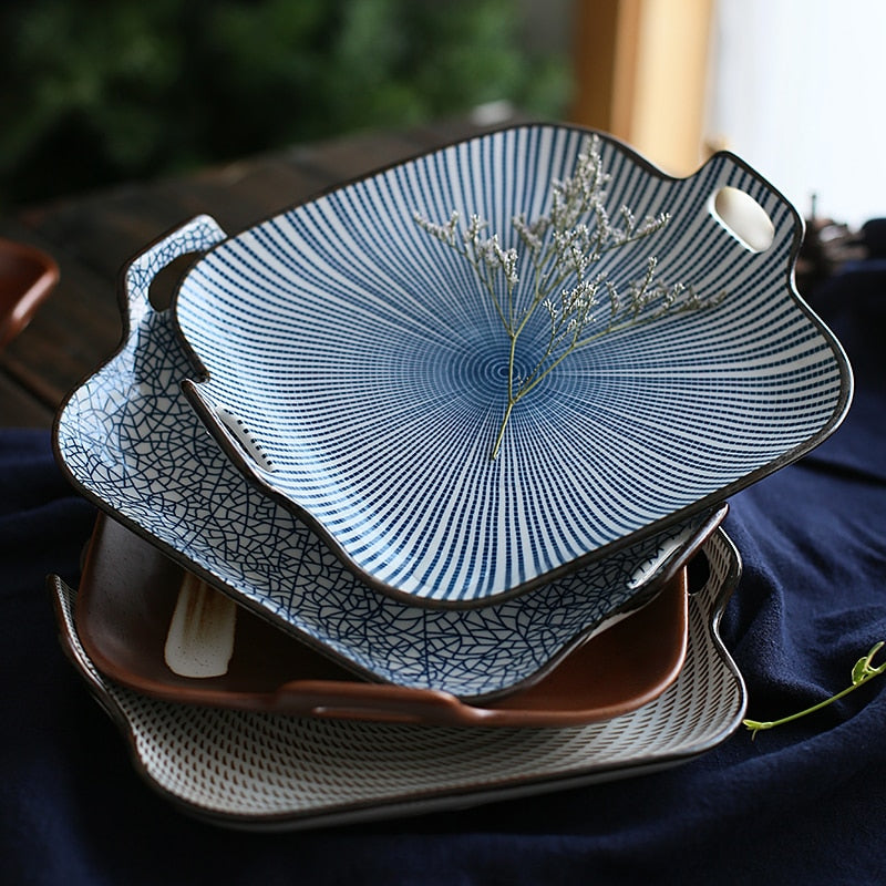Akira Plate with Handles