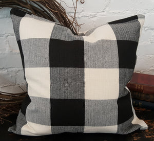 Black/White Buffalo Check Plaid Pillow