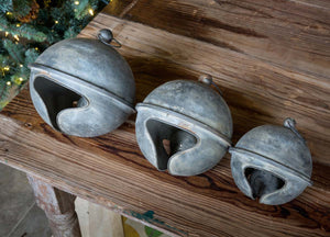 Weathered Jingle Bell ~ Large