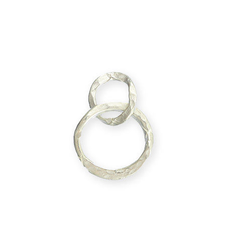 24x17mm Linked Hammered Rings - Sterling Silver Plated (8 pcs)