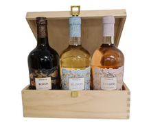 Load image into Gallery viewer, Rodelia Trio Wooden Gift Box - Rodelia Rosso, Rodelia Bianco, and Rodelia Vino Rosato