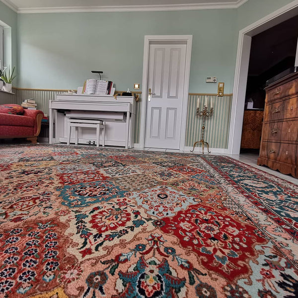 Rug decorating with large room size and oversize rugs