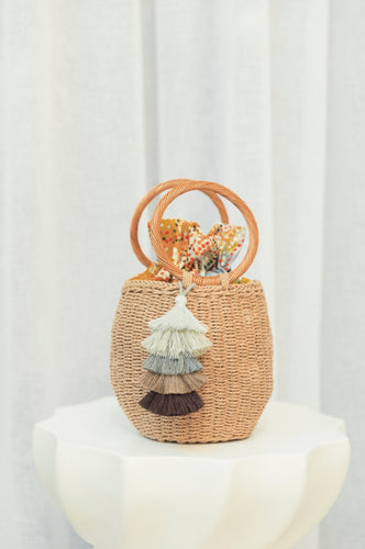 Nhuthi bucket bag with fabric feature