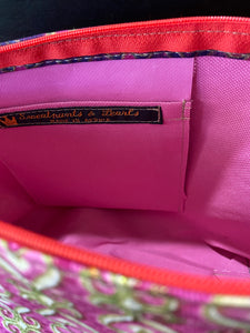 Multi-Colored Fabric Patterned Shoulder Bag (Pink)
