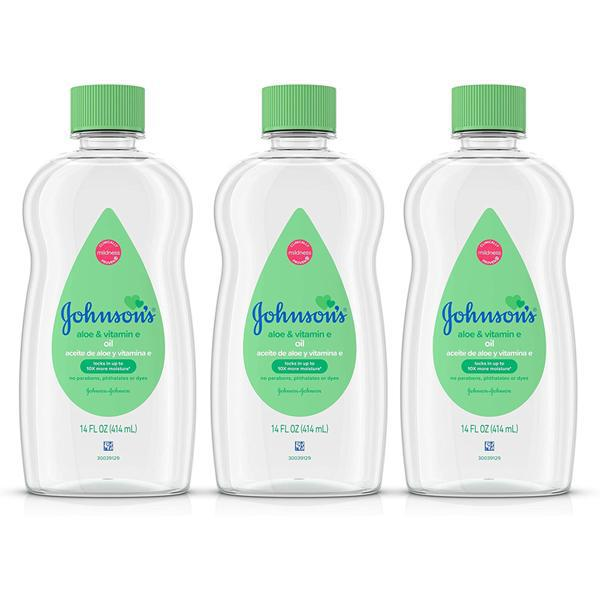Johnson & Johnson Baby Oil w/ Aloe Vera & Vitamin E 14 Fl oz - 3 Pack