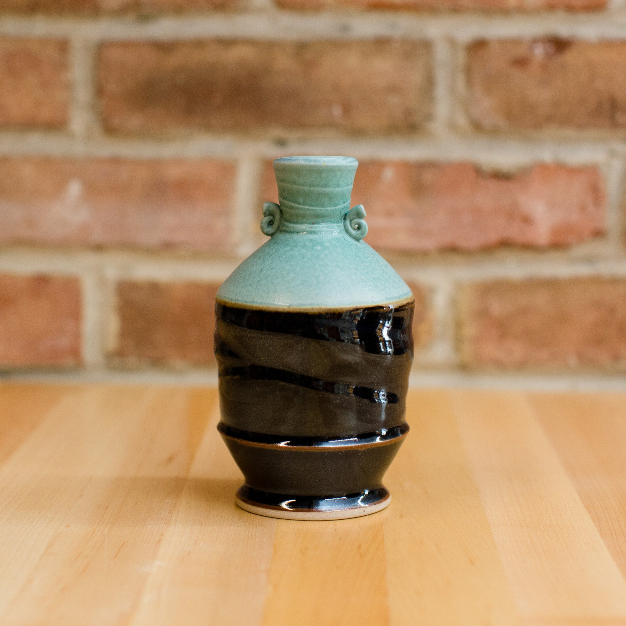 Royce Yoder - Bottle in Copper | Black Glaze