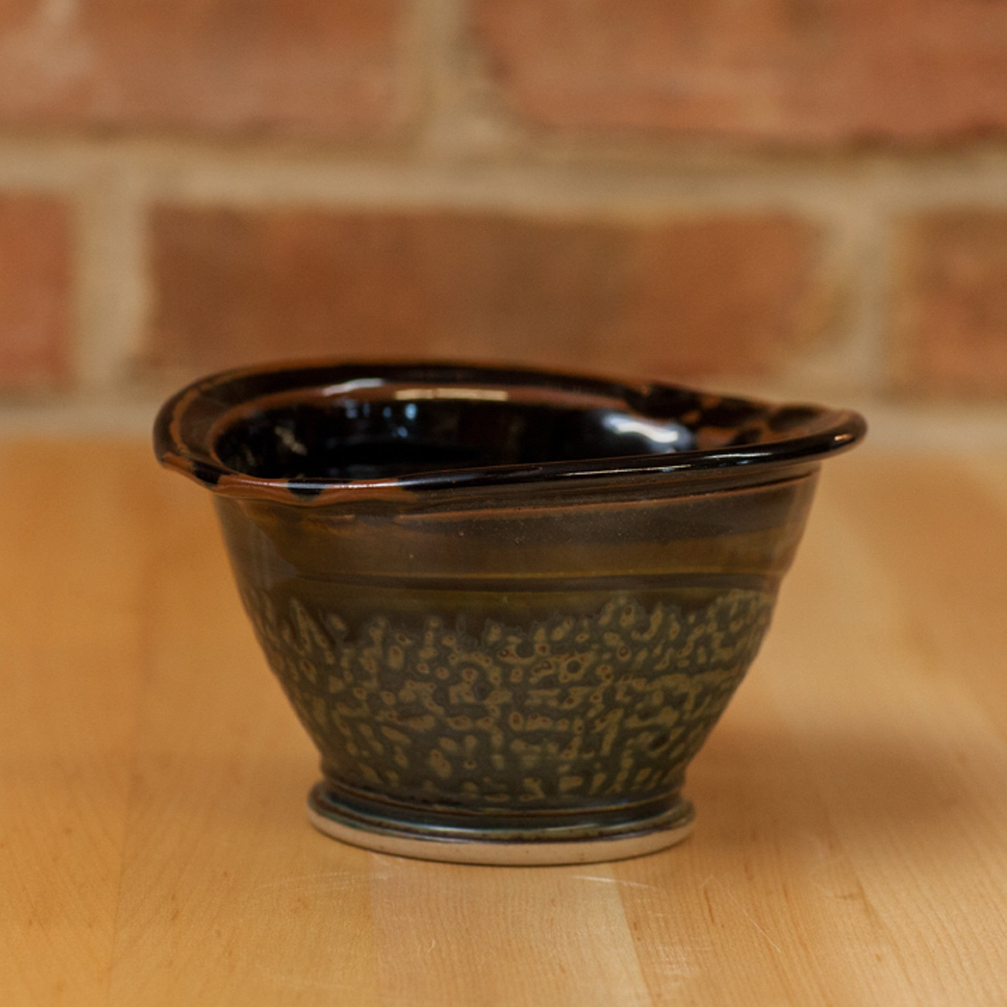 Royce Yoder - Crock in Black | Ash Glaze