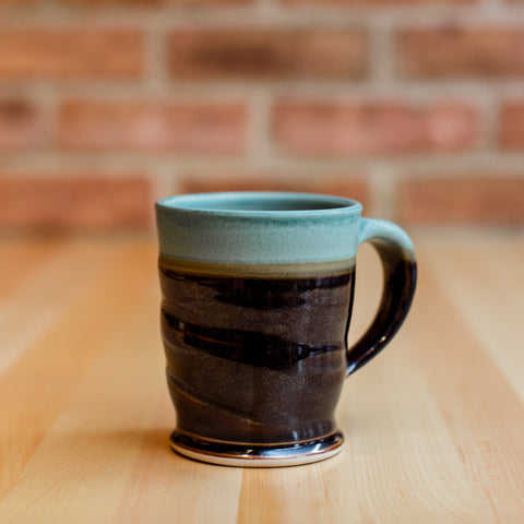 Mug in Copper | Black Glaze