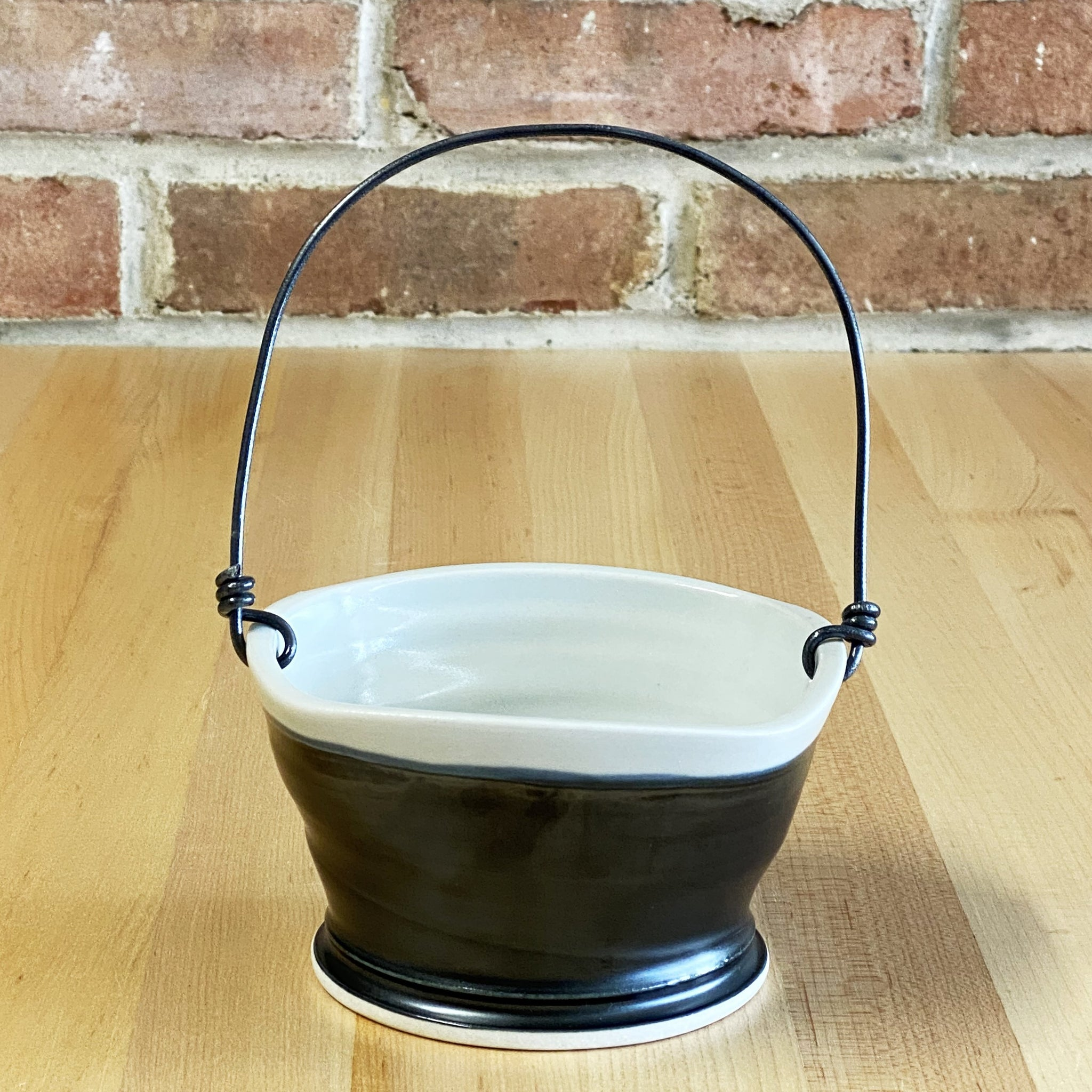 Small Basket in White | Black Glaze