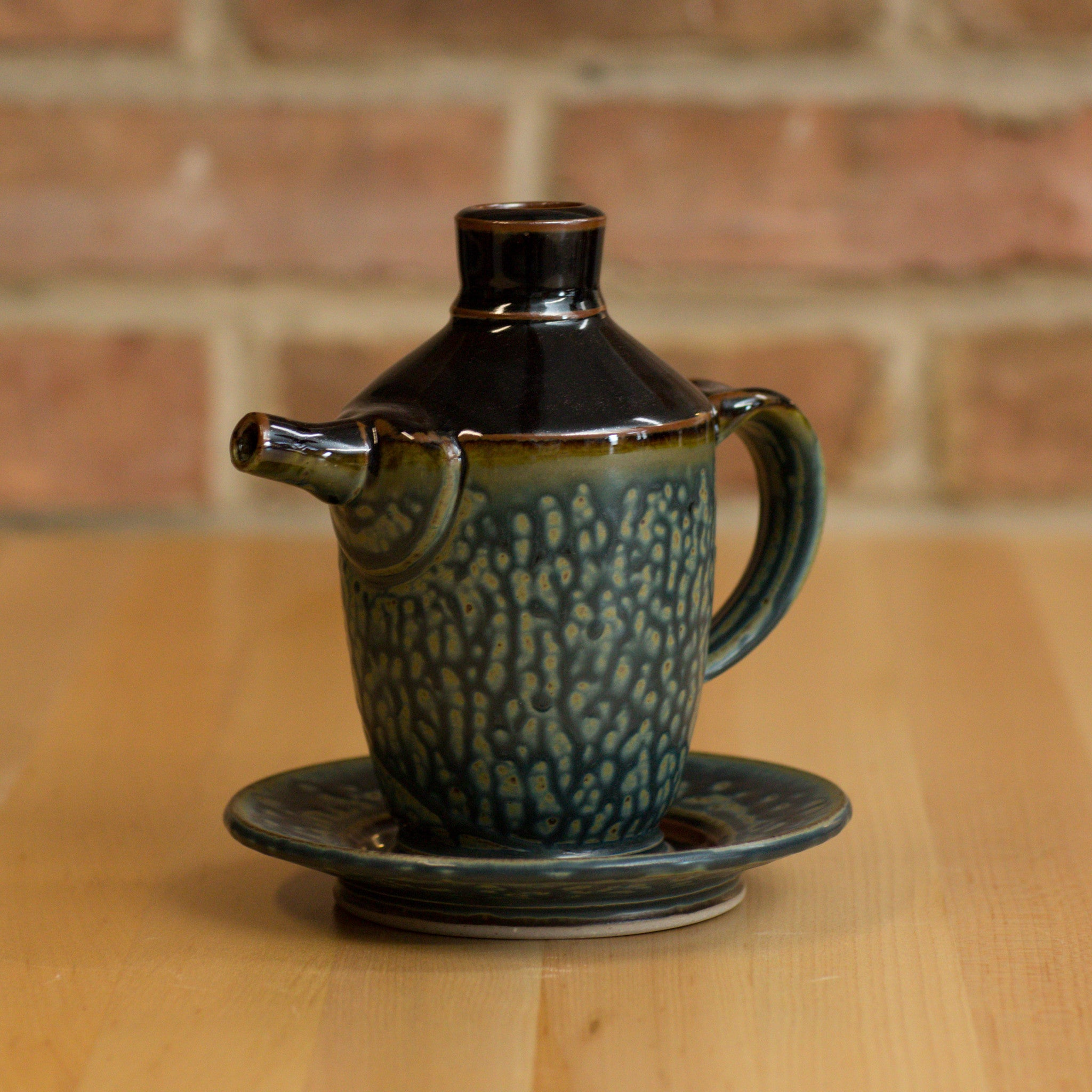 Royce Yoder - Spouted Bottle in Black | Ash Glaze