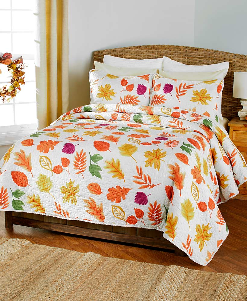 3-Pc. Country Leaves Quilt Sets