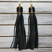 Load image into Gallery viewer, Leather Tassels
