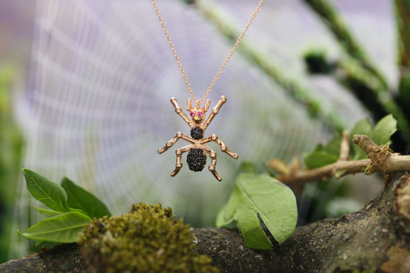 black-widow-spider-rose-gold-plated-silver-necklace-2