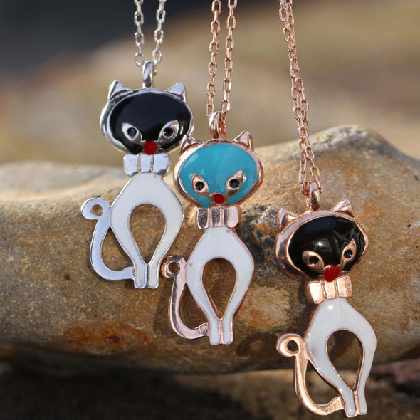 black-and-white-purr-meow-rose-gold-plated-silver-cat-necklace-2