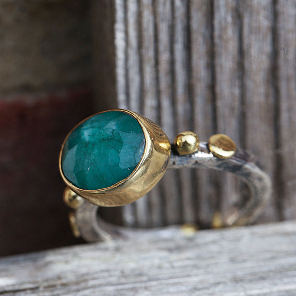 fake-it-oval-cut-emerald-adjustable-silver-ring-2