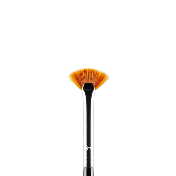 Sigma E04 Lash Fan Brush - PALETTE Fragrances & Cosmetics