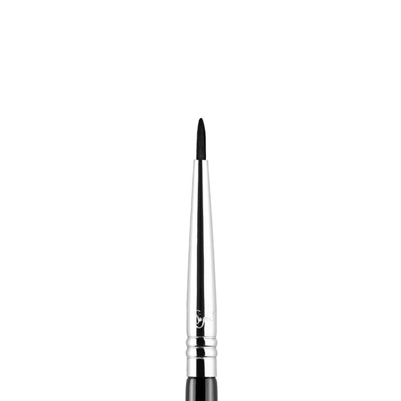 Sigma E11 Eye Liner Brush - PALETTE Fragrances & Cosmetics