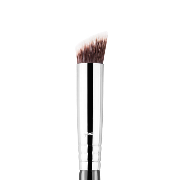 Sigma Precision Flat Angled Brush - PALETTE Fragrances & Cosmetics