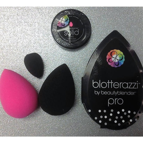 pro.on.the.go beautyblender Holiday Kit - PALETTE Fragrances & Cosmetics