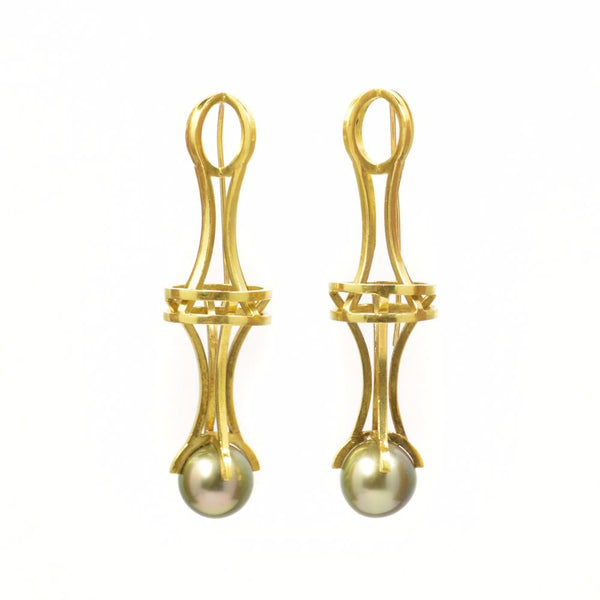 Vertebrae Pearl Earrings, 18k Green Gold with Pistachio color Tahitian Pearl
