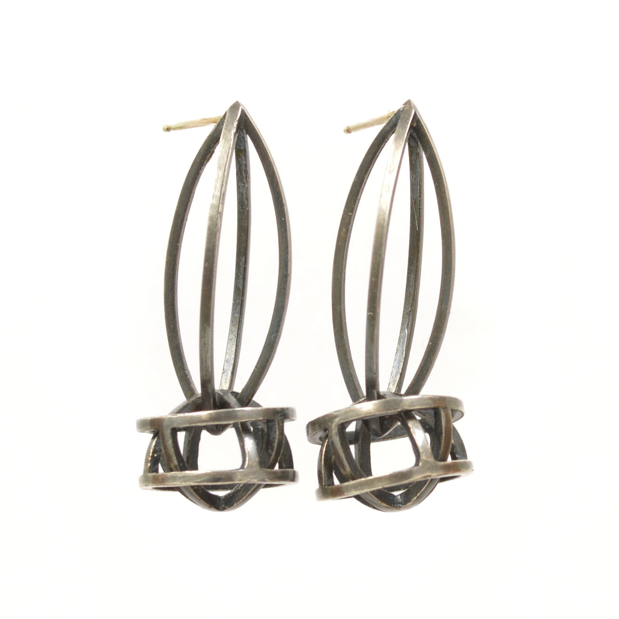 Lattis Link Earrings in Sterling Silver, Black Patina
