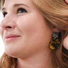 Square Circle Tortoise Earring