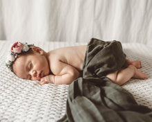 Load image into Gallery viewer, Snuggle Hunny | Organic Muslin Wrap - Dusty Olive