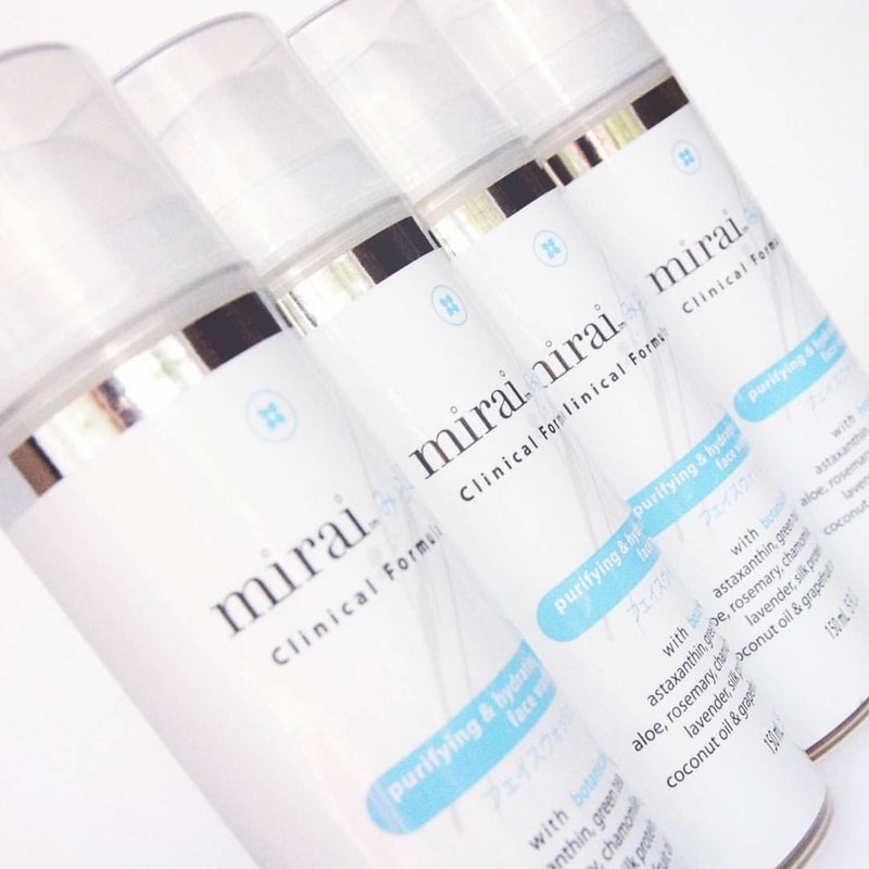 Purifying & Hydrating Face Wash with Astaxanthin & Green Tea Mirai Clinical