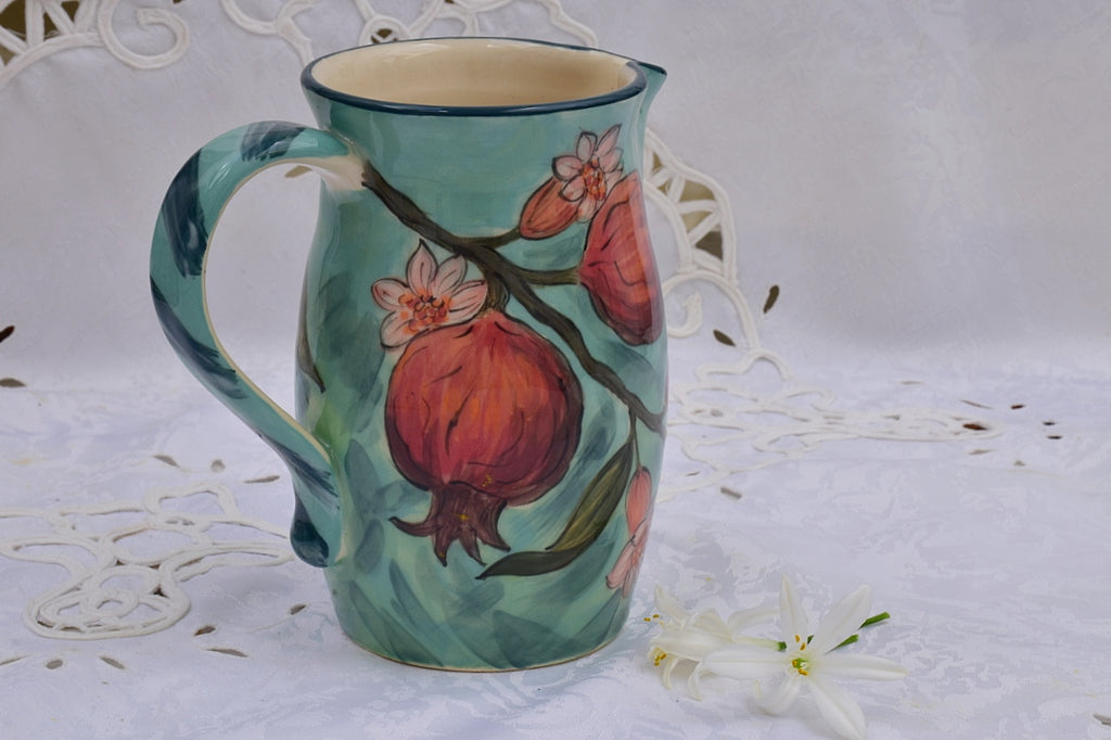 Jug/ Pitcher in Stoneware, 750 ml - Lillie Ceramics