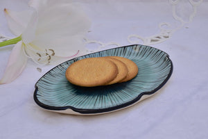 Handcrafted Ceramic Small Oval Plate in Stoneware - Lillie Ceramics