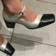 Load image into Gallery viewer, PRADA 90s square heels