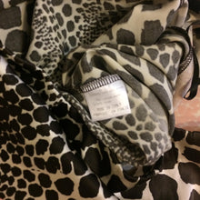 Load image into Gallery viewer, ROBERTO CAVALLI Animal print Silk set