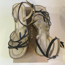 Load image into Gallery viewer, PRADA SS1997 Leaf platforms
