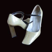Load image into Gallery viewer, PRADA 1998 Clay heels