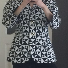 Load image into Gallery viewer, ESCADA 90s Black and white blazer