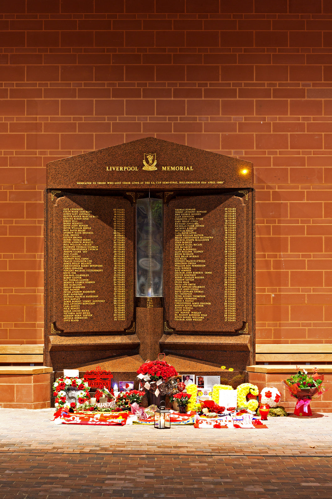 Hillsborough Memorial-Teestreet