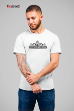 Load image into Gallery viewer, SHANKLY GATES LIVERPOOL FC T Shirt