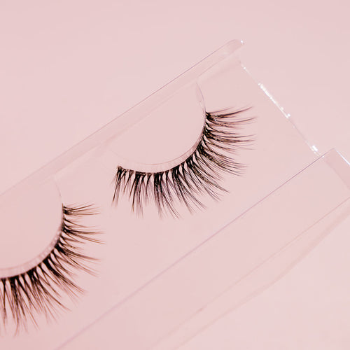 ESSENTIAL LASH - Meg Lewis the Store