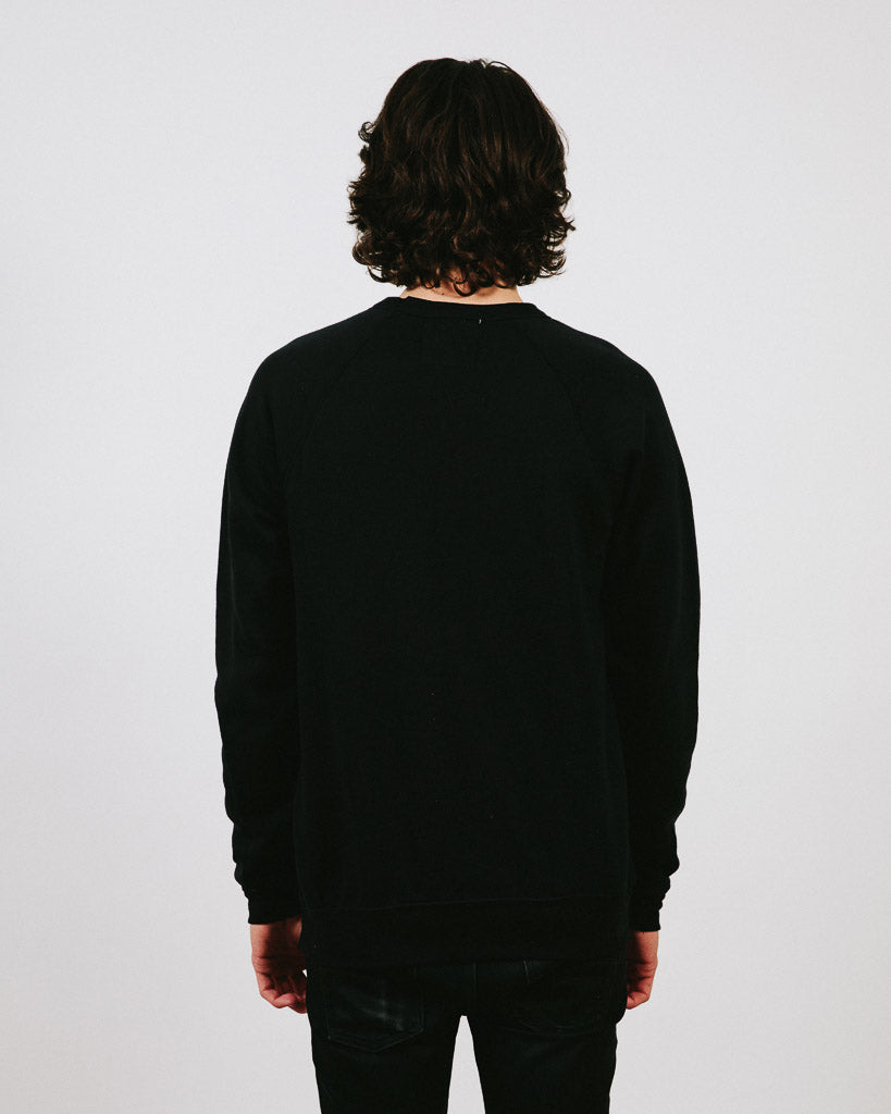 HAPPY CAMPER CREWNECK // BLACK