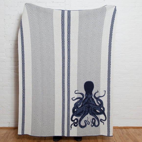 Eco Coastal Octopus Throw | Slate/Aluminum