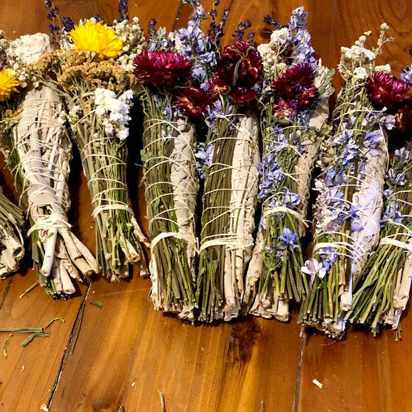 Sustainable In the Rough Floral Bundles Sage Wands