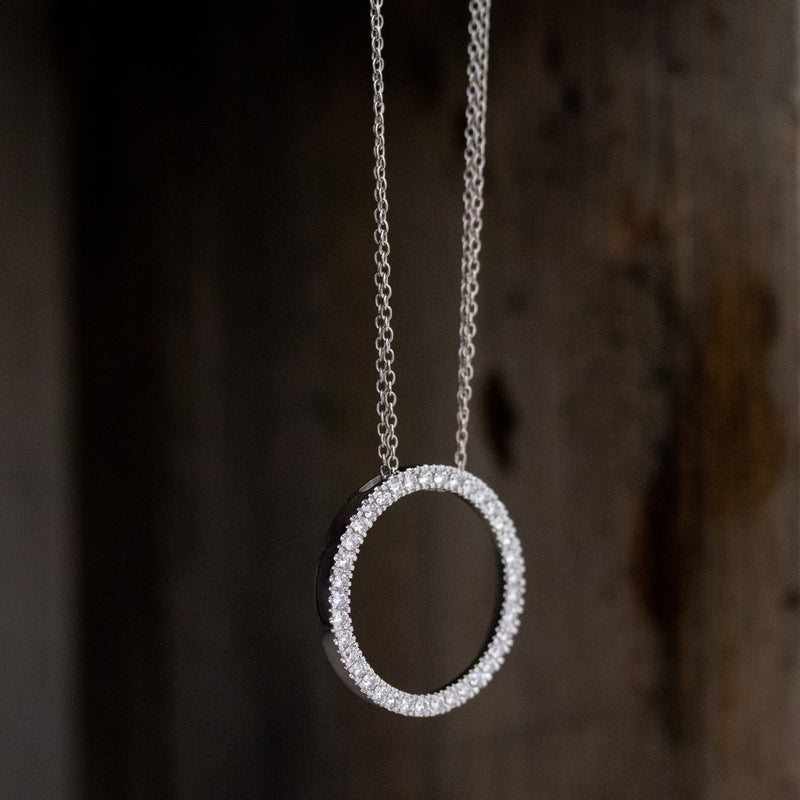 1.00ctw Circle Diamond Pendant