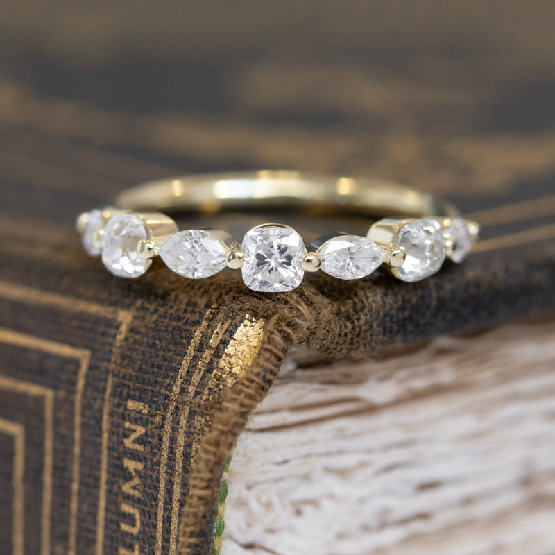 1.03ctw Mixed Marquise & Old Mine Cut Diamond Band