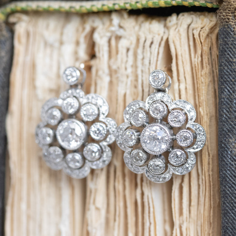 1.52ctw Scalloped Diamond Cluster Earrings